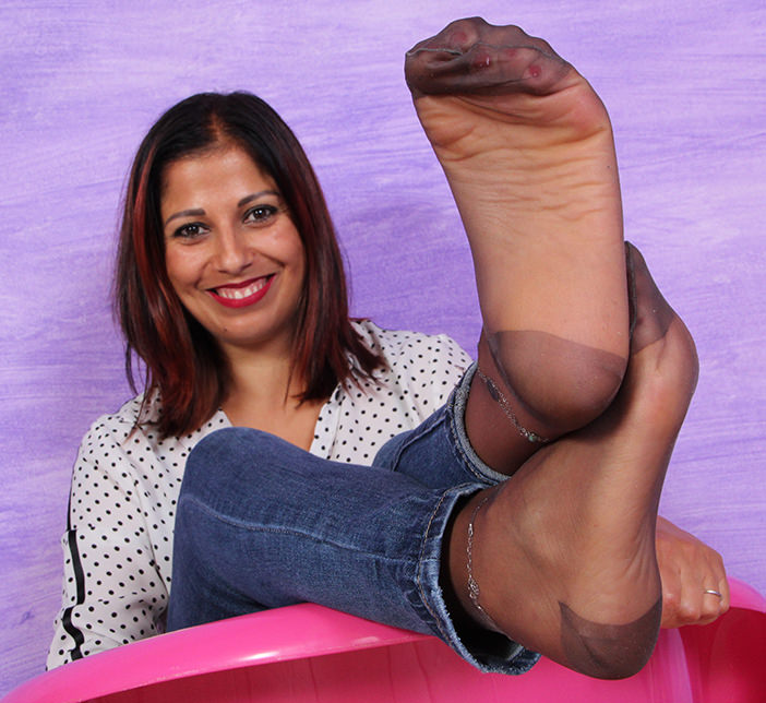 Simoncina: One of the models you may select for your custom foot fetish video